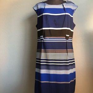 I LE Women's sleeveless dress